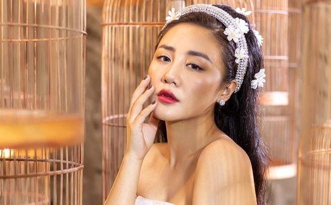 Văn Mai Hương, Lân Nhã cùng tung MV khoe giọng hát ngọt ngào, da diết