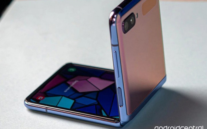 Galaxy Z Flip là minh chứng cho thấy smartphone gập không phải là trò đùa hay chiêu quảng cáo