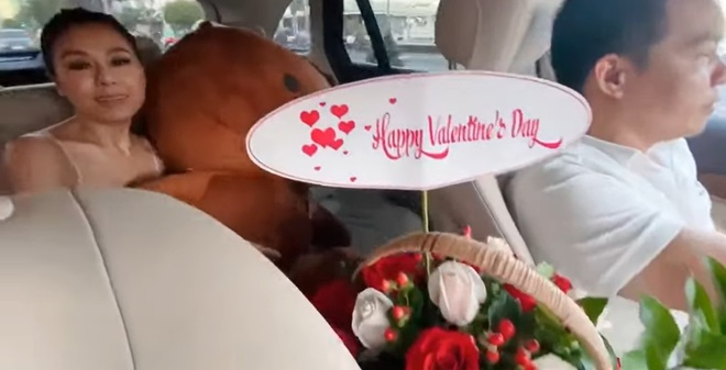 Nam Thư vui sướng tột độ khi được tài xế tặng quà để đỡ tủi thân ngày Valentine - Ảnh 3.