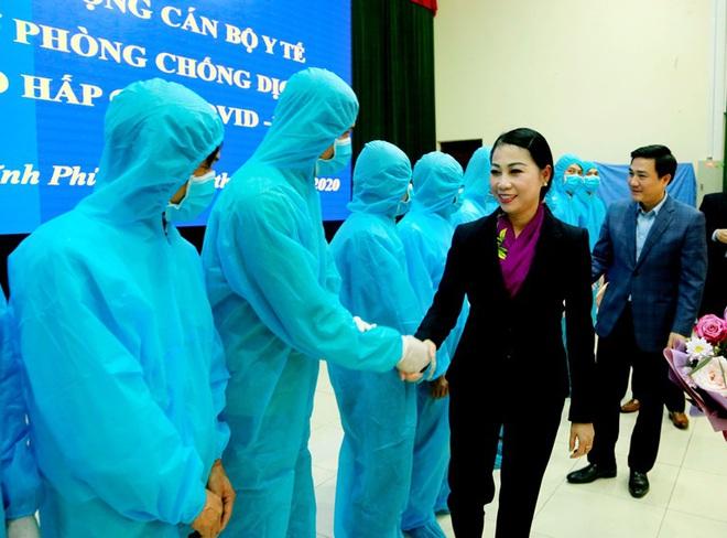 Diễn biến dịch Covid-19 tại Việt Nam: 16 tỉnh, thành phố cho học sinh đi học trở lại từ 17/2 - Ảnh 1.