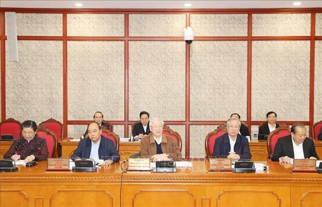 Chùm ảnh Tổng Bí thư, Chủ tịch nước chủ trì họp Bộ Chính trị - Ảnh 3.