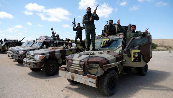 Nga tung thế cờ phong tỏa 3 chiều: Bóp nghẹt ở Idlib, áp lực vừa đủ cũng khiến Thổ Nhĩ Kỳ ngã gục? - Ảnh 1.