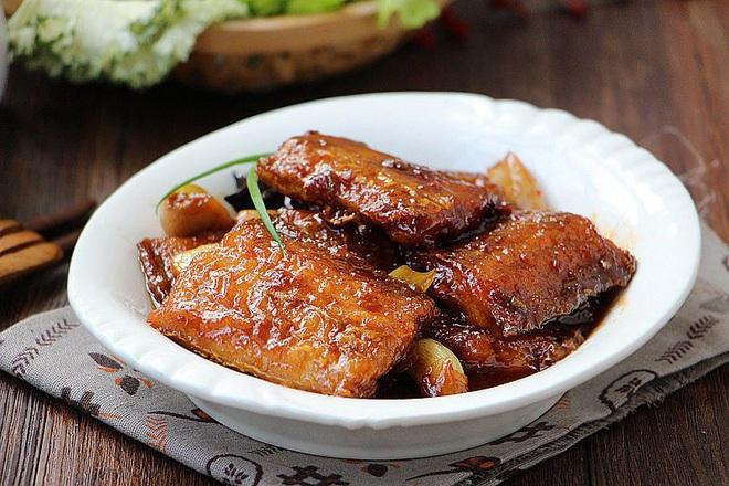 Bao nhiêu cơm cũng hết với món cá chiên mặn ngọt siêu ngon này - Ảnh 5.