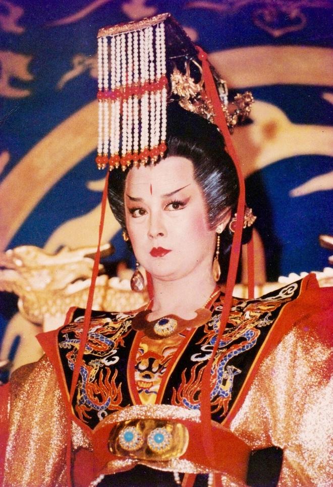Tiểu Long Nữ Thần điêu đại hiệp: Đẹp như tiên giáng trần vẫn bị chồng phản bội cay đắng, ra đi tay trắng - Ảnh 10.