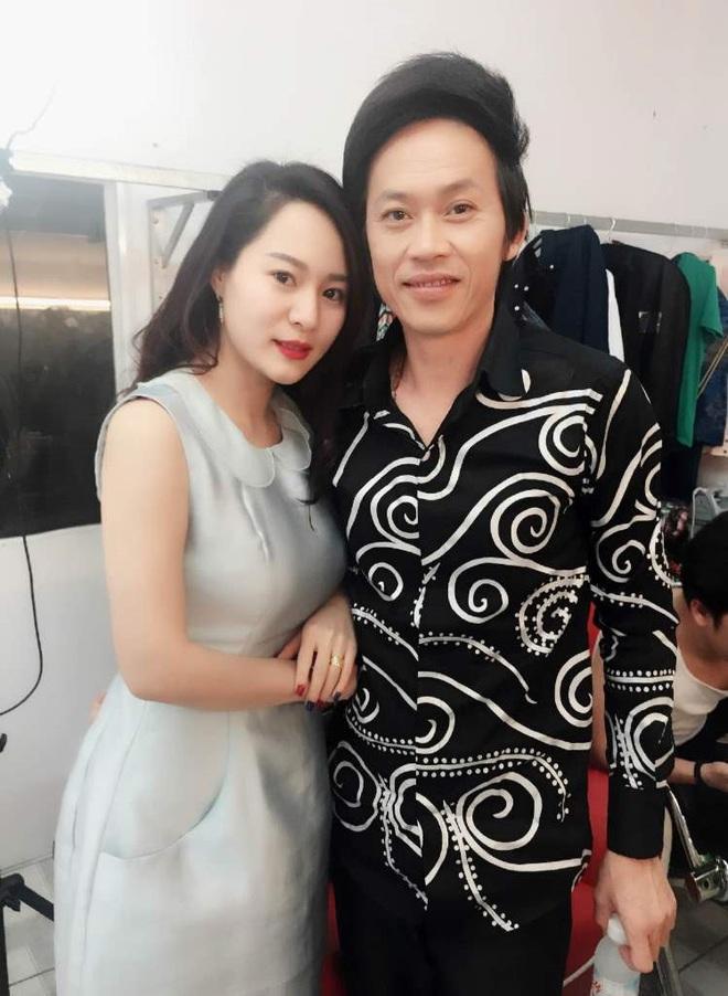 Con gái nuôi Hoài Linh tái xuất xinh đẹp trên sóng truyền hình - Ảnh 1.