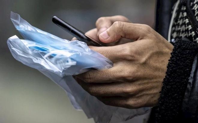 Rửa tay, vệ sinh điện thoại sạch sẽ phòng COVID-19 tốt hơn cả đeo khẩu trang