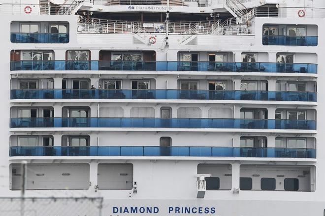 Malaysia phát hiện 1 hành khách trên du thuyền từng cập cảng Campuchia nhiễm virus corona chủng mới - Ảnh 1.