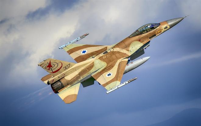 Định lừa S-300, tiêm kích Israel bất ngờ bị Su-35 chặn đứng - QĐ Syria tung hỏa thần khủng khiếp bậc nhất vào trận quyết chiến Aleppo - Ảnh 1.