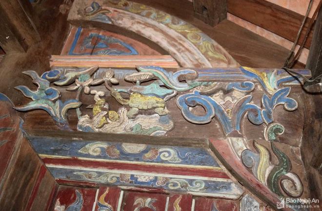 Nghệ thuật điêu khắc và báu vật gây kinh ngạc ở đền cổ Linh Kiếm - Ảnh 5.