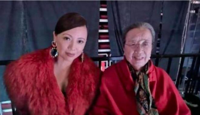 Cuộc sống tuổi U90 ít ai biết của Dung Ma Ma độc ác, thâm hiểm phim Hoàn Châu Cách Cách  - Ảnh 4.