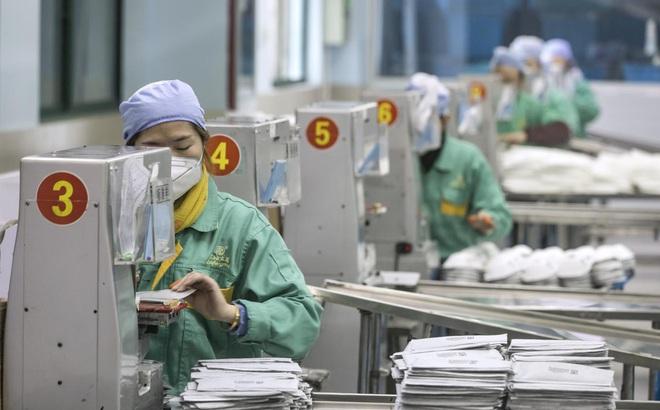 [VIDEO] Hàng loạt doanh nghiệp Trung Quốc mở thêm hoạt động sản xuất vật tư y tế để chống dịch