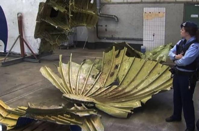 [ẢNH] Tài liệu tình báo Hà Lan tiết lộ tin chấn động về vũ khí bắn rơi MH17 - Ảnh 1.