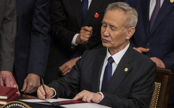 """Trung Quốc """"hoãn vô thời hạn"""" một cuộc họp kinh tế quan trọng vì virus corona"""