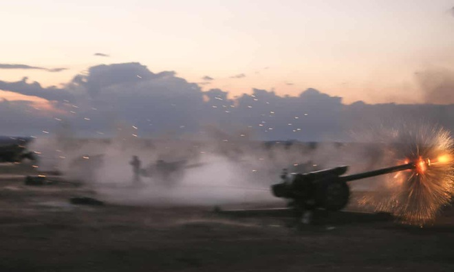 NÓNG: TNK yêu cầu NATO lập vùng cấm bay, chuẩn bị tiến quân vào Syria - Nín thở chờ giờ G - Ảnh 1.