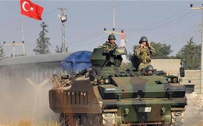 Thổ Nhĩ Kỳ dàn trận khắp biên giới Syria, TT Erdogan tuyên bố: Chiến tranh đã cận kề!