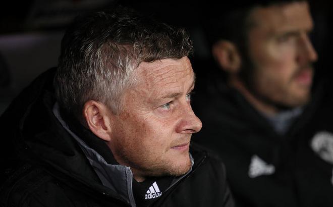 Dùng đội hình lạ lẫm, Man United suýt phải ôm hận giống Công Phượng