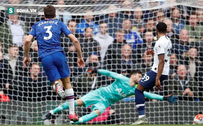"""Sau màn """"dọa"""" đối thủ, Mourinho để thua tan tác ngày trở về Stamford Bridge"""