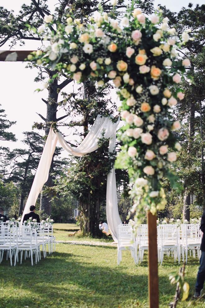 Nên duyên nhờ mảnh vườn đẹp, chàng kiến trúc sư tự tay chuẩn bị đám cưới như thơ ở Đà Lạt để chiều ý nguyện người yêu - ảnh 4