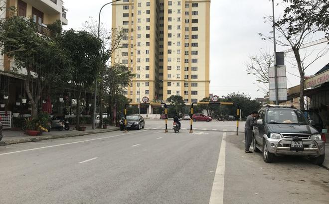 Doanh nghiệp tự ý dựng rào chắn đường vào khu đô thị, dân lo xe cứu hỏa không thể vào chữa cháy - Ảnh 5.