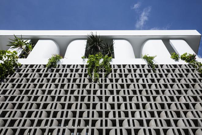 Mãn nhãn với ngôi nhà màu trắng, có lối thiết kế độc đáo tại Tp.HCM - Ảnh 10.