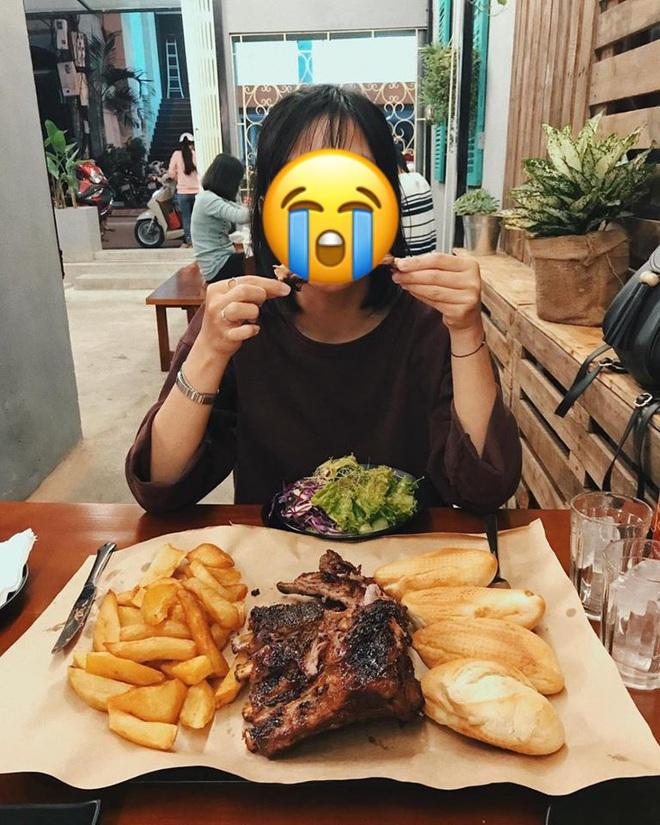 Tăng 2kg mỗi tháng vì bạn trai rủ đi ăn, cô gái bất ngờ với sự thật sau câu nói: Anh thích ngắm em béo - Ảnh 1.