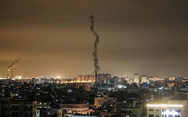 NÓNG: Israel đóng cửa toàn bộ đường sá, trường học gần Gaza - Sẵn sàng cho cuộc tấn công trả đũa? - Ảnh 2.
