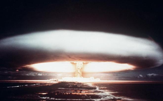 Nga như ngồi trên đống lửa trước trò chơi nguy hiểm của Mỹ