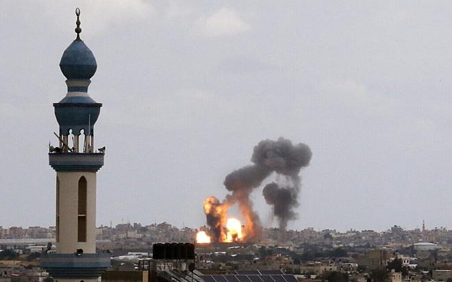 Israel bị tấn công, báo động Đỏ - TTg Netanyahu họp khẩn, Gaza sắp rực lửa chiến tranh? - Ảnh 2.