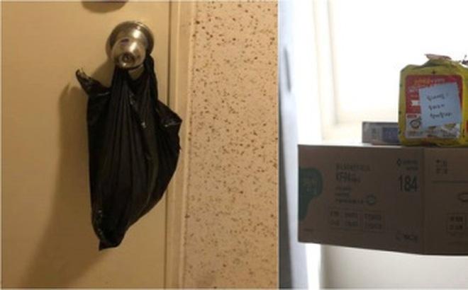 Người đàn ông Hàn Quốc tự cách ly tại nhà kể chuyện về phản ứng ấm lòng của mọi người xung quanh với chiếc túi ni lông trên nắm cửa