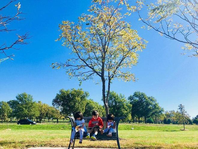 3 cặp sinh đôi nhà sao Việt nổi như cồn trên mạng xã hội: Bé con lai đã lớn phổng phao như thiếu nữ, bé cùng bố mẹ sống đầy trải nghiệm nơi trời Tây - Ảnh 31.