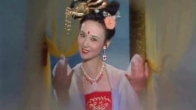 Hằng Nga xinh đẹp kinh điển trên màn ảnh: Mỹ nhân giàu có và bí ẩn nhất Tây Du Ký - Ảnh 1.