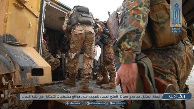 KQ Nga thẳng tay giáng đòn sấm sét: Đoàn xe Thổ Nhĩ Kỳ bị ném bom trực diện, thương vong lớn - Ảnh 2.