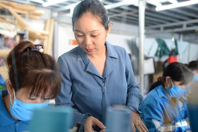Đôi vợ chồng ở Hà Nội chi hơn 200 triệu đồng may 40.000 khẩu trang phát miễn phí - Ảnh 22.