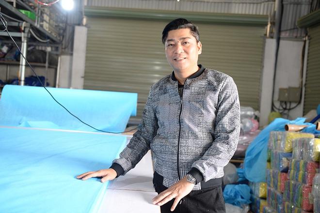 Đôi vợ chồng ở Hà Nội chi hơn 200 triệu đồng may 40.000 khẩu trang phát miễn phí - Ảnh 26.