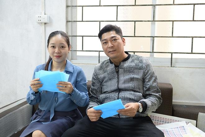 Đôi vợ chồng ở Hà Nội chi hơn 200 triệu đồng may 40.000 khẩu trang phát miễn phí - Ảnh 27.