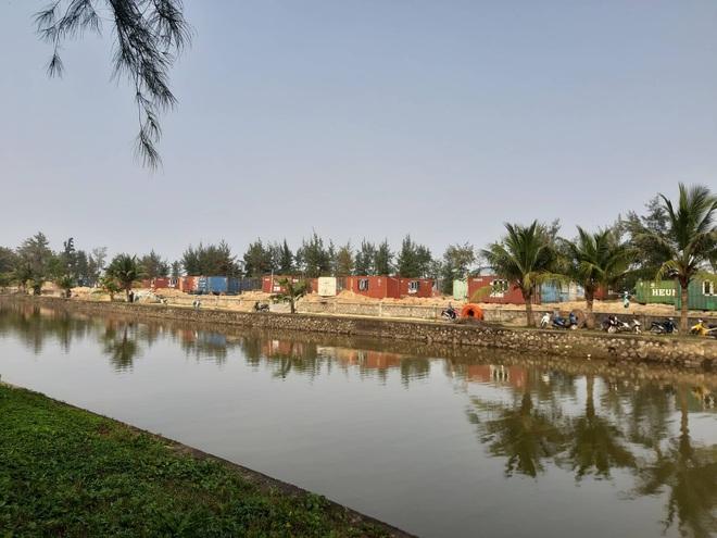 Được cho làm lều, doanh nghiệp tự ý đổ bê tông dựng cả trăm nhà bằng container trong rừng? - Ảnh 6.