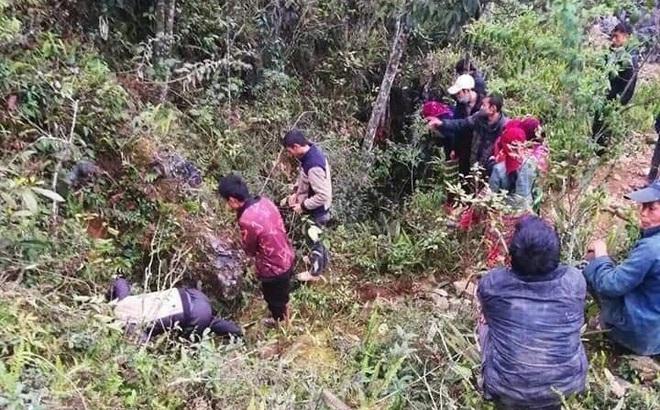 Tìm nam thanh niên mất tích dưới hố sâu, phát hiện thi thể người phụ nữ