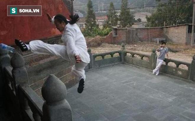 """Sự thật về khả năng """"khinh công"""" của phái Võ Đang, Thiếu Lâm tại Trung Quốc"""