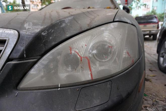 """Cận cảnh siêu xe Bentley Continental bị chủ nhân """"bỏ hoang"""" tới rỉ sét tại Hà Nội - Ảnh 15."""