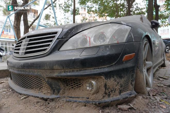"""Cận cảnh siêu xe Bentley Continental bị chủ nhân """"bỏ hoang"""" tới rỉ sét tại Hà Nội - Ảnh 14."""