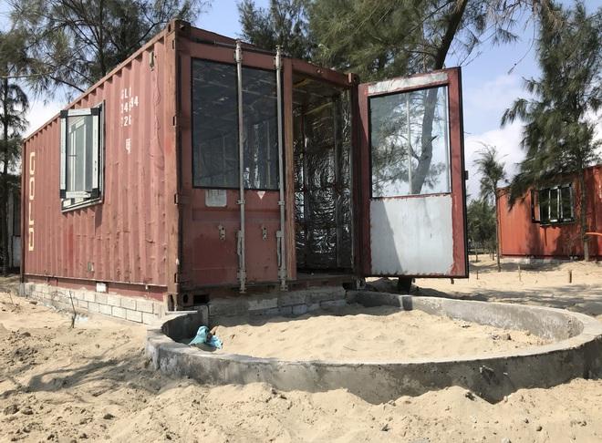 Cận cảnh cả trăm nhà bằng container trái phép trong rừng phòng hộ ven biển Xuân Thành - Ảnh 8.