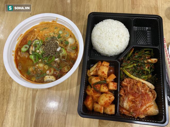 Quản lý nhà hàng ở Đà Nẵng ngỡ ngàng vì đồ ăn bị nhóm khách Hàn Quốc chê bai ăn uống tồi tệ - Ảnh 3.