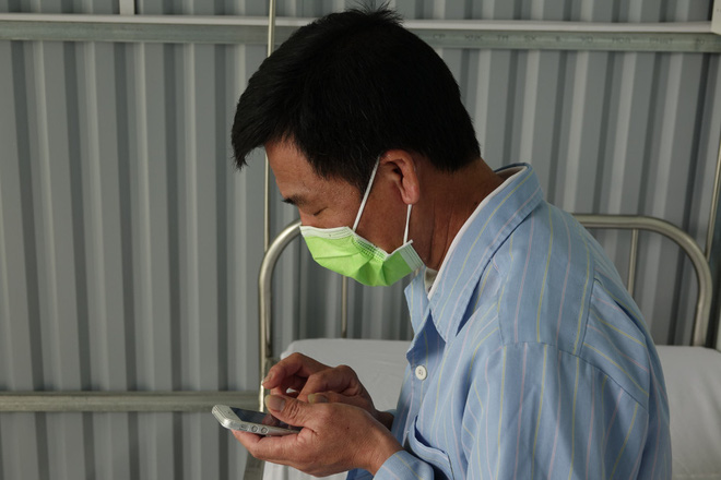 Bệnh nhân thứ 16 mắc Covid-19 ở Việt Nam xuất viện: Tôi rất tin tưởng vào các bác sĩ và ngành y tế - Ảnh 1.