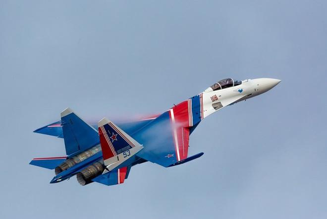 Mãn nhãn với khả năng tác chiến của vua chiến trường Syria Su-35S - Ảnh 2.