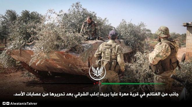 Đại quân Thổ ồ ạt tập kết, hạ lệnh bắn hạ chiến đấu cơ Nga: Quân đội Nga và Syria báo động đỏ trước tình huống xấu nhất - Ảnh 2.