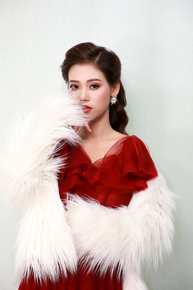 Ca sĩ Khánh Tiên bỏ việc ngân hàng đi hát: Nhiều người nói muốn lo cho tôi, muốn làm người yêu của tôi - Ảnh 1.