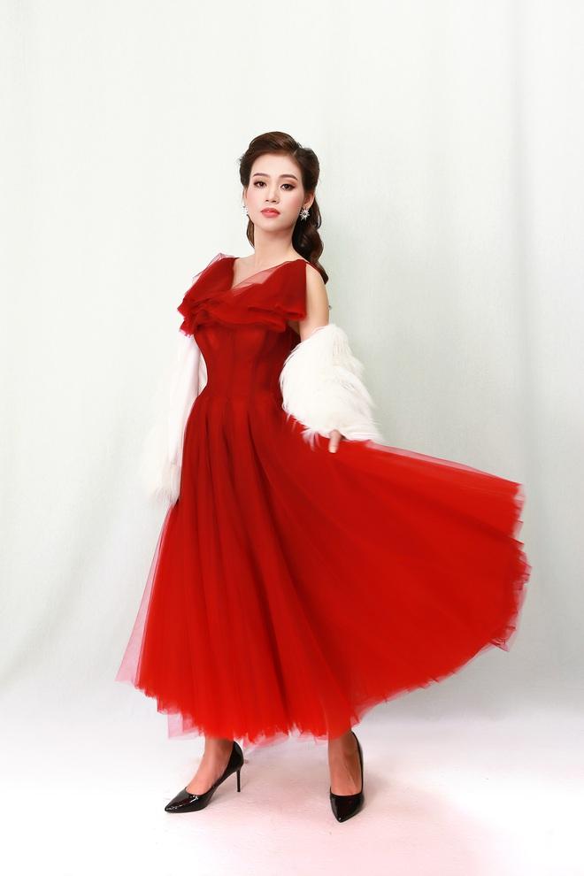 Ca sĩ Khánh Tiên bỏ việc ngân hàng đi hát: Nhiều người nói muốn lo cho tôi, muốn làm người yêu của tôi - Ảnh 2.