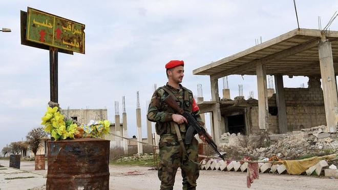 Tái chiếm Saraqeb, chặt đứt cao tốc M5: Thổ sập bẫy Nga-Syria, chiến thắng chẳng tày gang? - Ảnh 1.