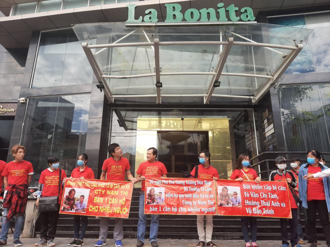 Bắt giam nữ Việt kiều cùng đồng bọn bán căn hộ dự án La Bonita cho nhiều người ở Sài Gòn - Ảnh 1.