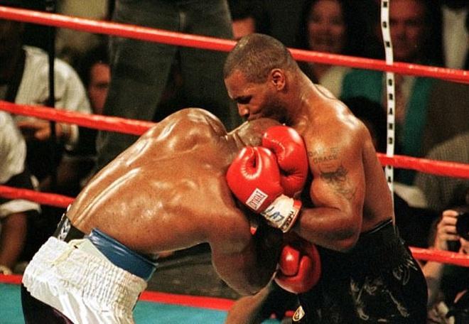 Mike Tyson: Huyền thoại sa cơ, ăn chơi trác táng và cú sốc mất con gái đau đớn - Ảnh 7.